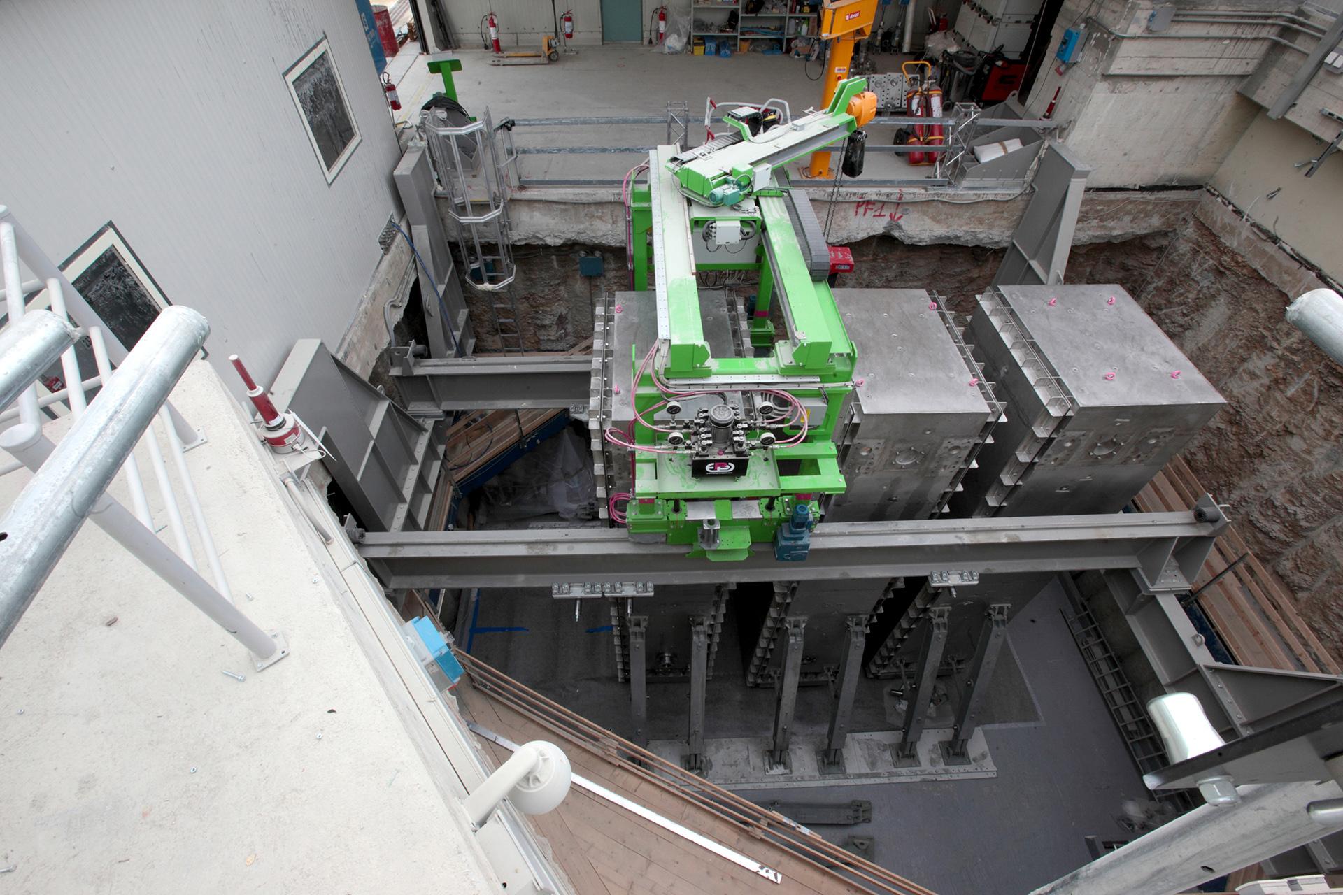 L'interno della fossa 7.1 dopo l'estrazione del primo dei 4 pozzi che costituivano il monolite