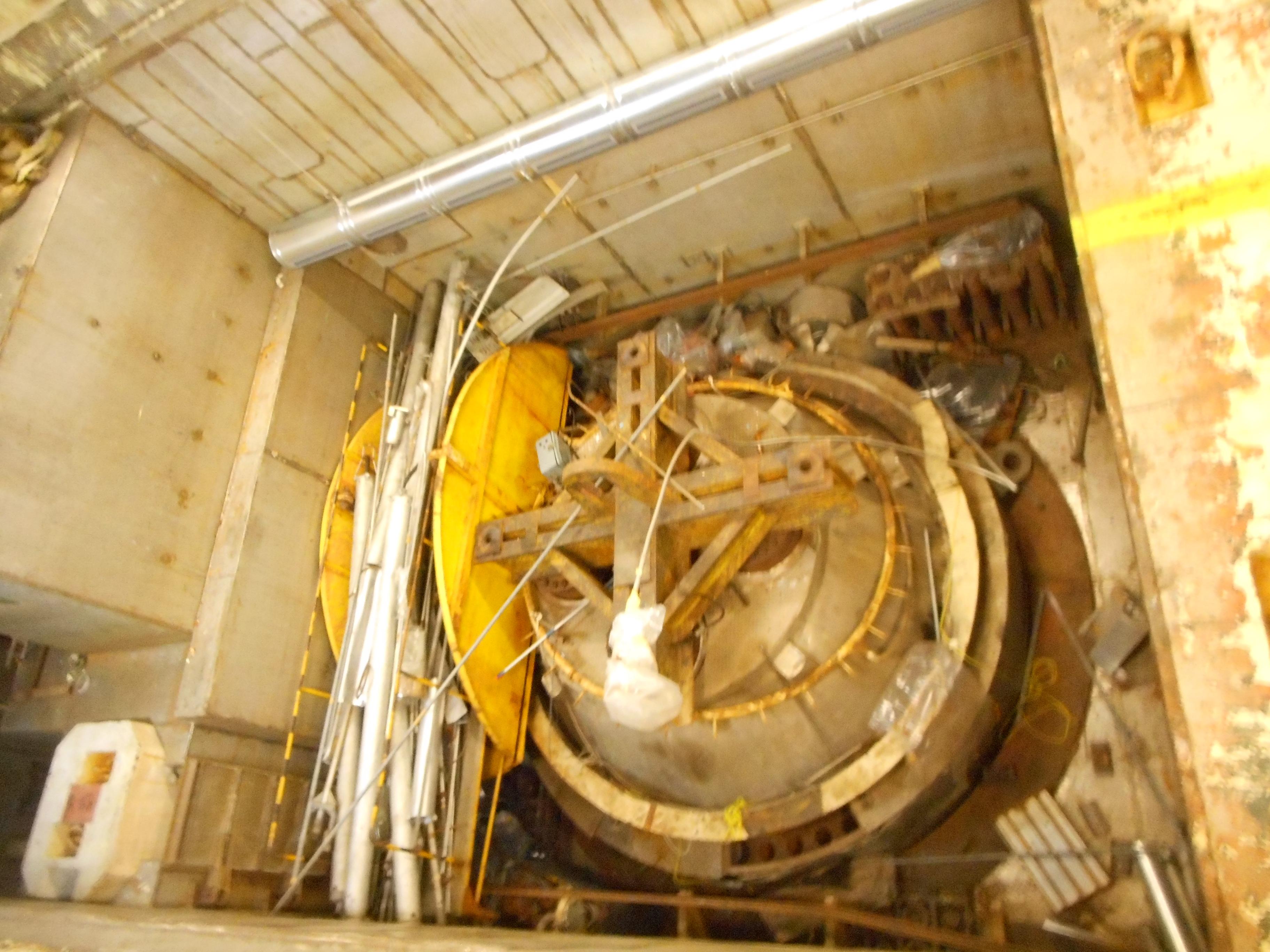 /SiteAssets/uploads/images/garigliano_smantellamento_reattore/Il locale dove è alloggiato il vessel del Garigliano prima della rimozione di materiali e attrezzature.JPG